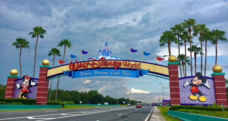 Disney World Vacation on a Budget: Unbeatable Special Offers for Pass Holders